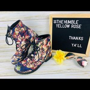 Qupid Flower Combat Boots